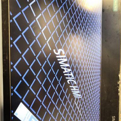 成功修好西门子触控屏TP1200上电自动重启进不去系统