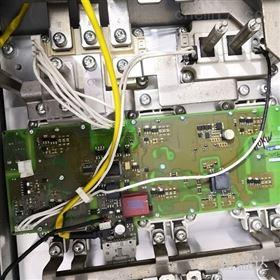 6SE7036-1EE85-0AA不显示西门子6SE7036整流单元欠压报F026维修